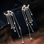 maxine - Star Chained Dangle Earrings